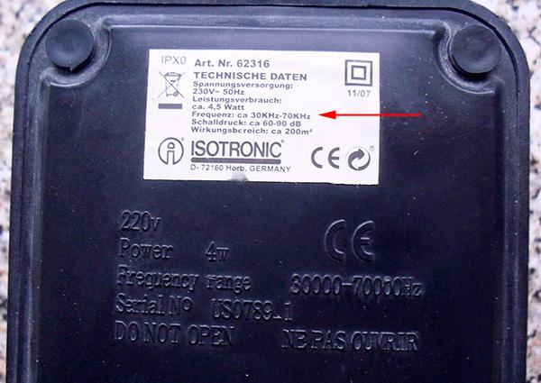 Ennek a készüléknek a kisugárzott ultrahang frekvenciatartománya 30-70 kHz.